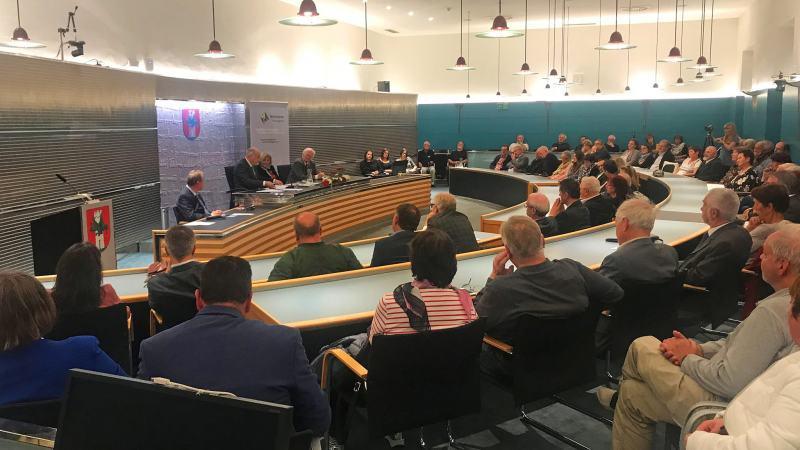 Slika: Celovška županja pohvalila delovanje SAK