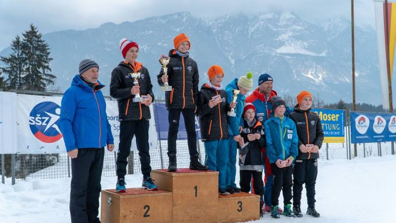Bild: Ein gelungener Skisprungwettkampf in Achomitz