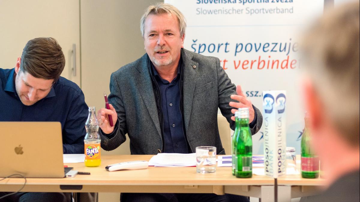 Bild: Marijan Velik, seit 28 Jahren an der Spitze des Slowenischen Sportverbandes/Slovenska športna zveza, wurde für weitere vier Jahre gewählt.