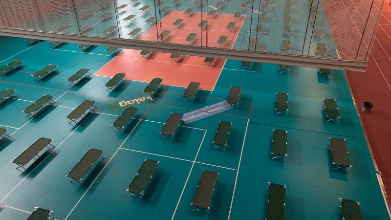 Bild: Notquartier mit 100 Betten im Sportpark Klagenfurt